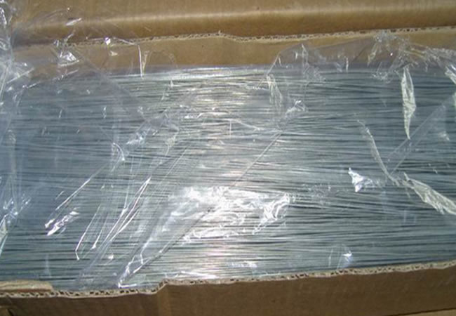 Baling Wire Bundles : Straightened cut tie wire annealed and galvanised to size
